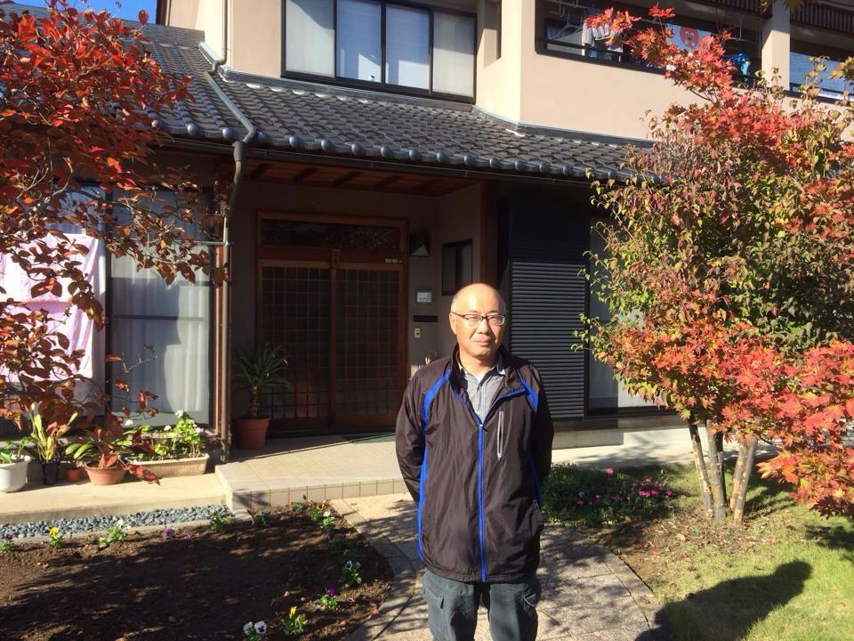 自宅前の長野さん